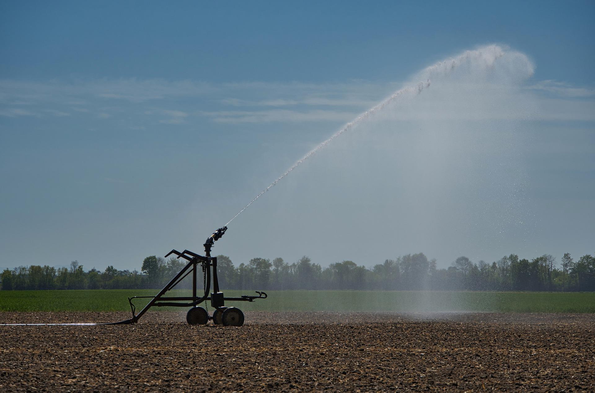 irrigation-5064925_1920